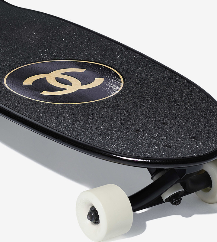 chanel skate deck surfboard 03 719x800