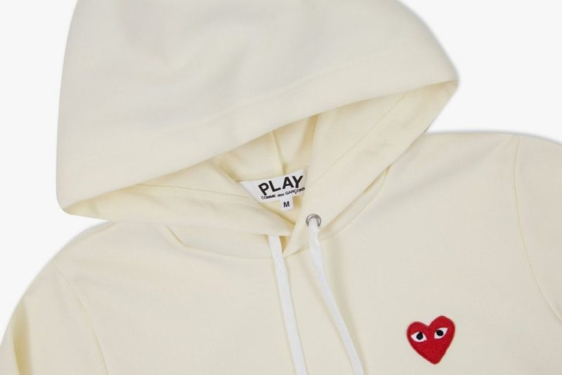 Comme des Garcons ivory hoodie 3 1170x780 1